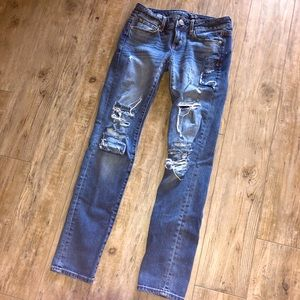 American Eagle | Distressed Skinny Jeans